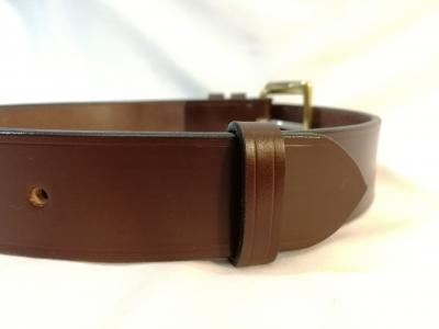 Classic Belt in Australian Nut and Brown
