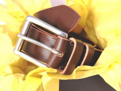 Classic Belt in Australian Nut and Natural