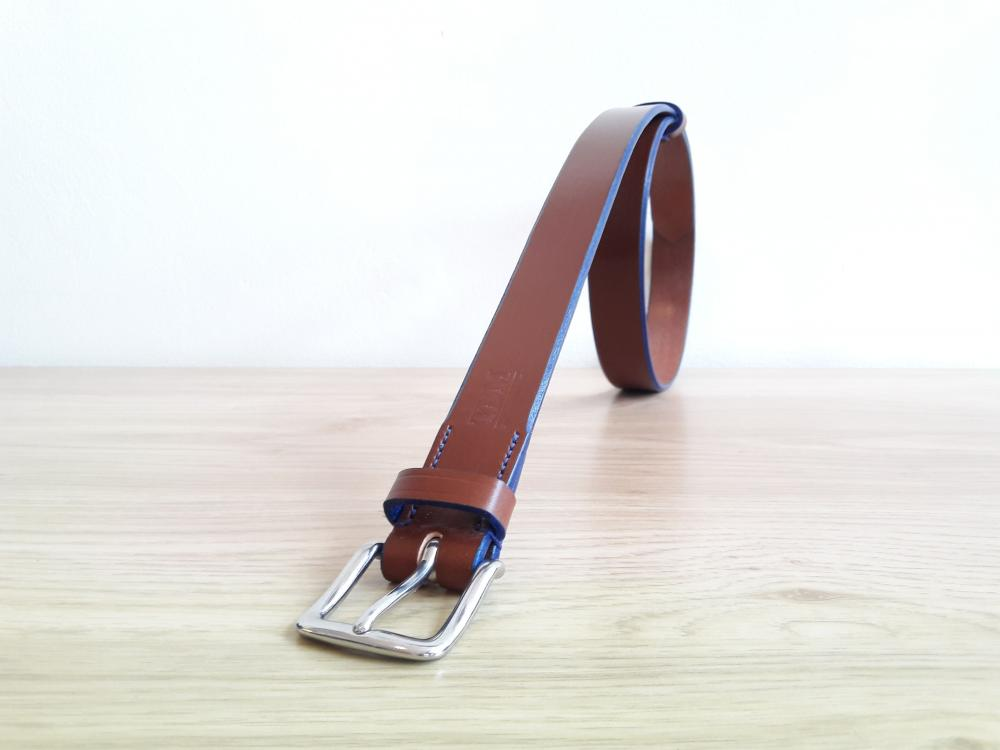 Classic Bold Belt in Conker and Blue