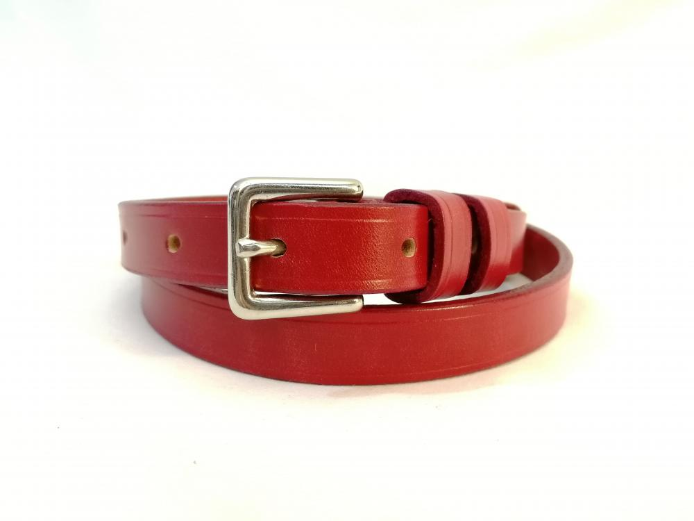 Classic Narrow Belt in Red
