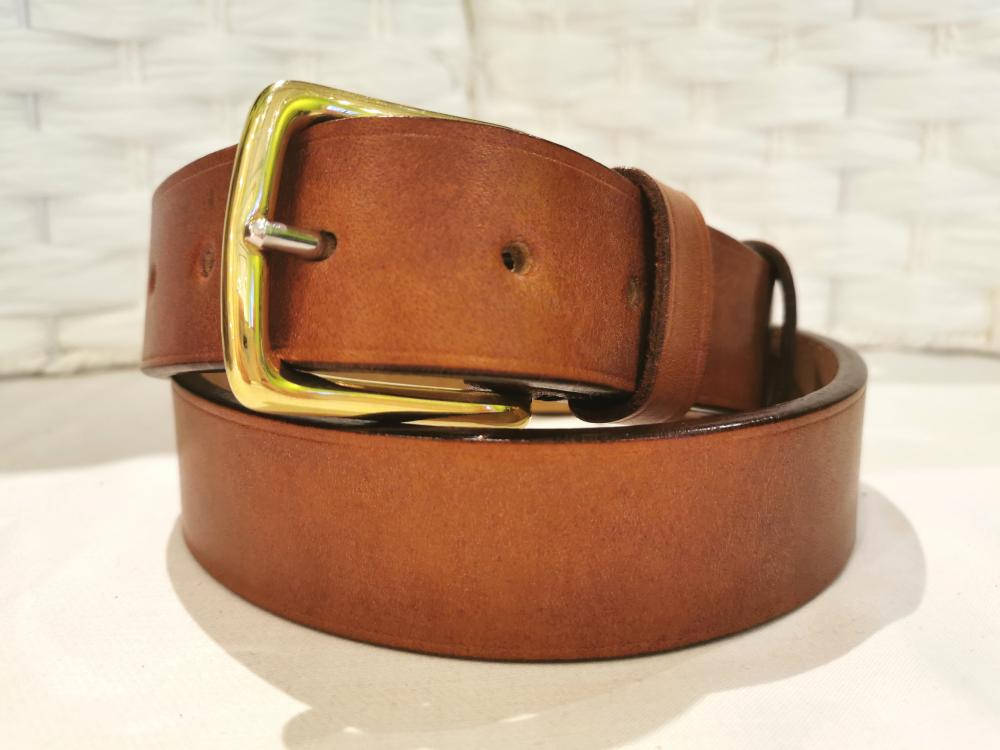 Classic Belt in Baker's Chestnut Brown Leather